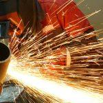 Schneiden von Metallen durch Trennen von Partikeln